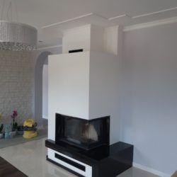 Estetyczny kominek w salonie - projekt Ignikom