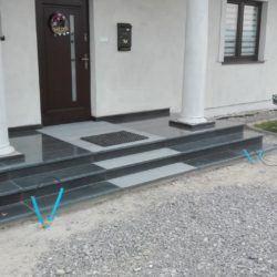 Marmurowe schody zewnętrzne